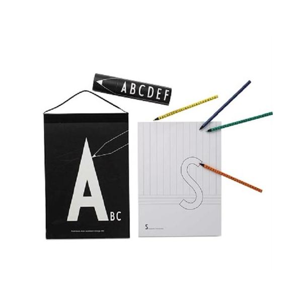 blyanter og farveblyanter