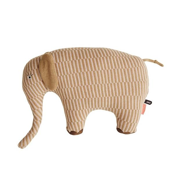 Pyntepude krammepude Dumpo elefant fra Oyoy - Børneværelset - BabySleep.dk